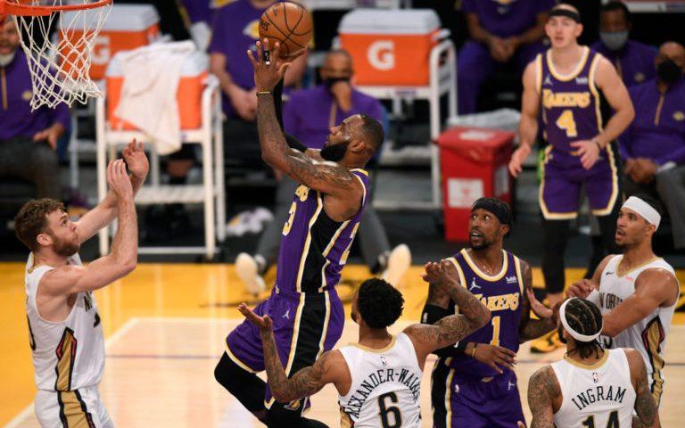 New Orleans, última víctima de la apisonadora Lakers