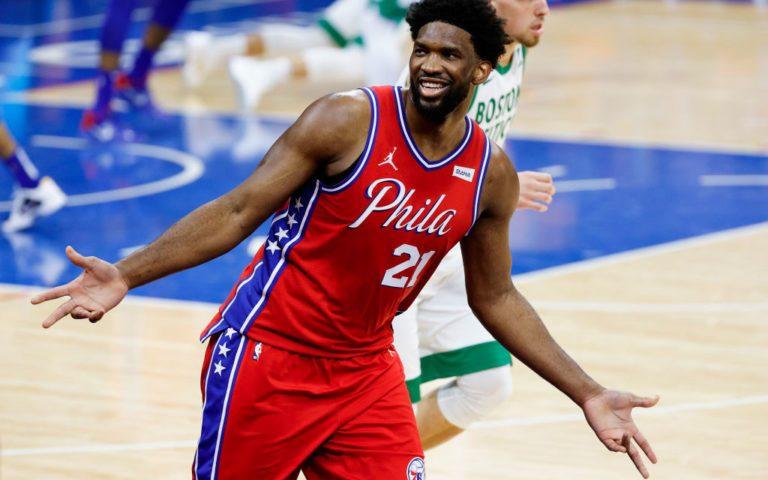 Joel Embiid vuelve a acabar con los Celtics